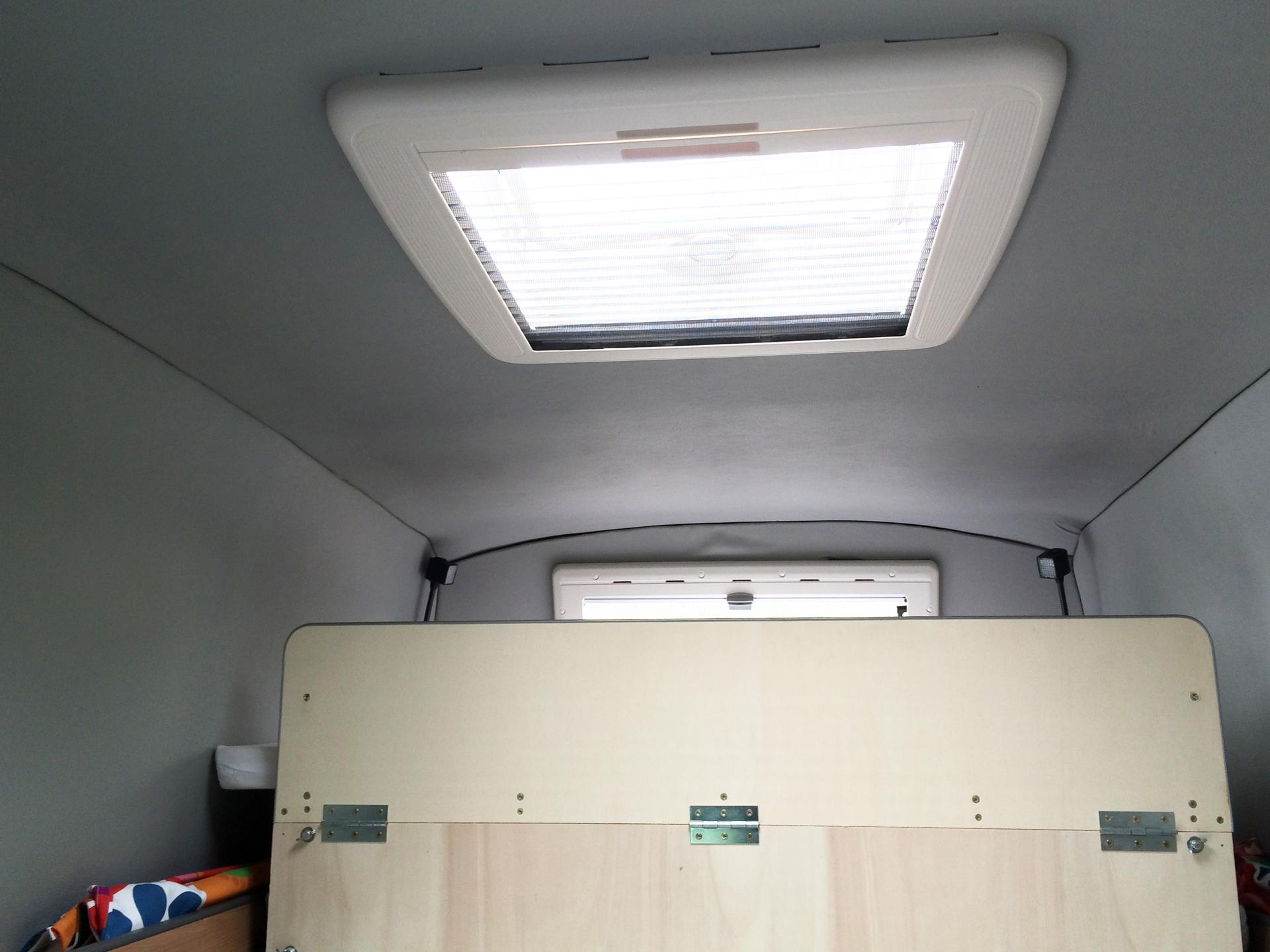 ich baue einen vw t5 zum camping bus um planung. Black Bedroom Furniture Sets. Home Design Ideas